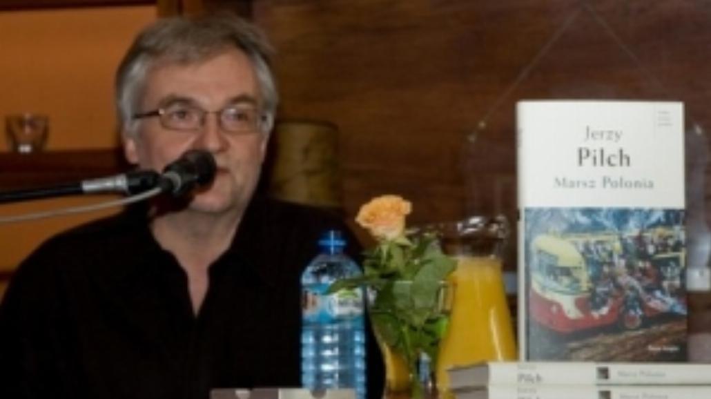 Jerzy Pilch - prozaik, obserwator, kibic...