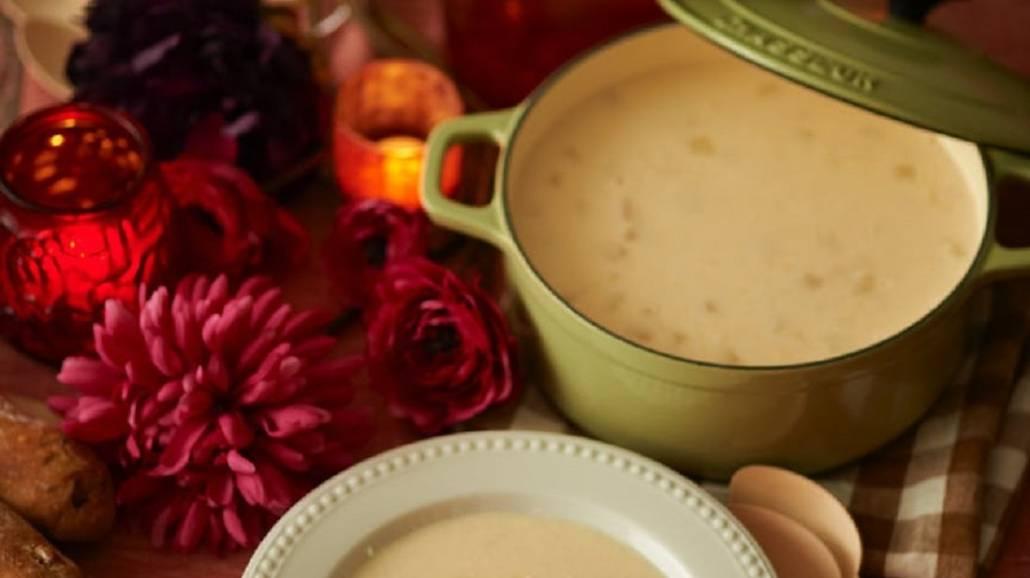 Bardzo prosta w wykonaniu, a zarazem przepyszna i idealna na święta zupa śledziowa.