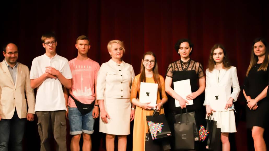 laureaci konkursu Wspomnienia o Katyniu