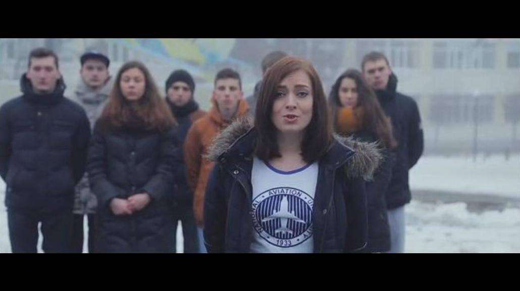 Ukraińscy studenci do Rosjan: Sprawdzajcie to, co słyszycie. Wątpcie w to, co widzicie