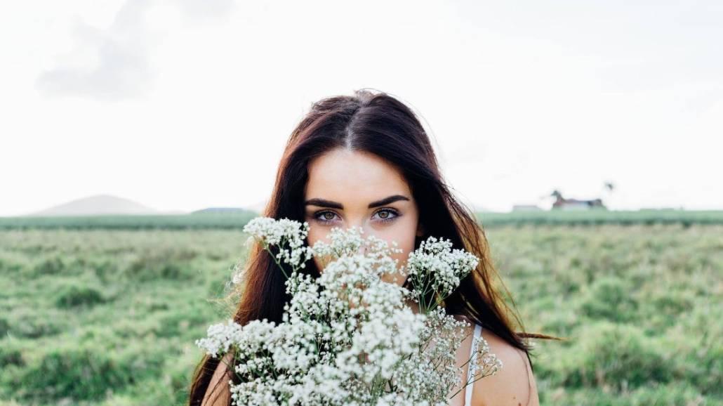 Nie masz pomysłu na prezent na Dzień Kobiet? Przeczytaj ten artykuł aby poznać, jakie ciekawe upominki moÅźna dać Åźonie, mamie czy siostrze!