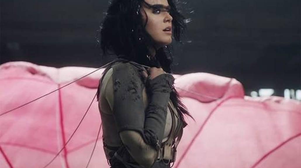 """Katy Perry prezentuje nowy klip! Zobaczcie """"Rise"""" [WIDEO]"""