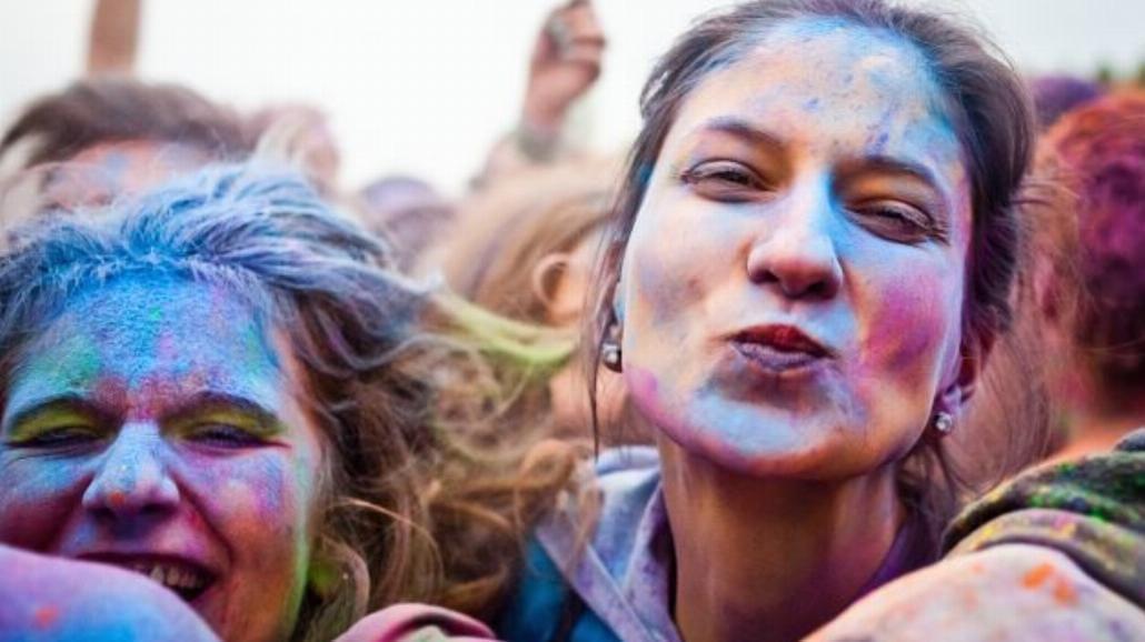 Studenci walczą o paradę podczas Kortowiady