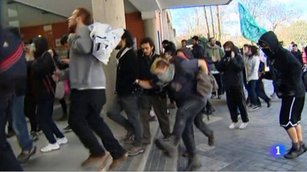 Studenci protestują w Hiszpanii