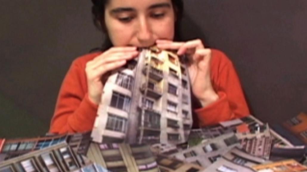 Zdjęcia na budynkach - Narracje miasta