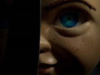 """Chucky znów zabija w uwspółcześnionym horrorze """"Laleczka"""" [WIDEO] - film, premiera, 2019, obsada, zwiastun"""