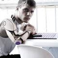 Eksperci: AI to nie wojna z maszynami, a walka o ludzkie talenty