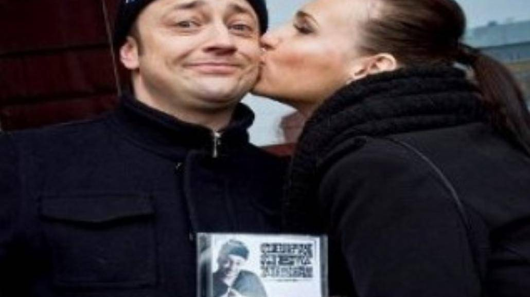 Wdowa z Czesławem na planie klipu