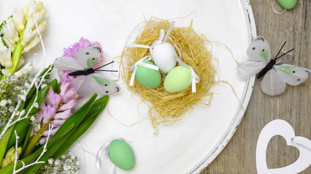 Święta Wielkanocne - okres ten generuje zdecydowanie większe wydatki w skali miesięcznego budÅźetu domowego. Jak nie ulec przedświątecznemu szaleństwu rozpusty zakupowej i odpowiednio zaplanować wszystkie sprawunki? Jak nie zbankrutować i w racjon