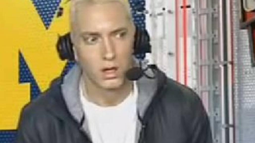 Eminem coś wziął przed wywiadem?
