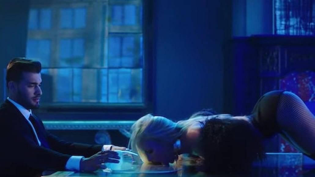 """Britney Spears w seksownym klipie! Zobaczcie """"Slumber Party""""! [WIDEO]"""