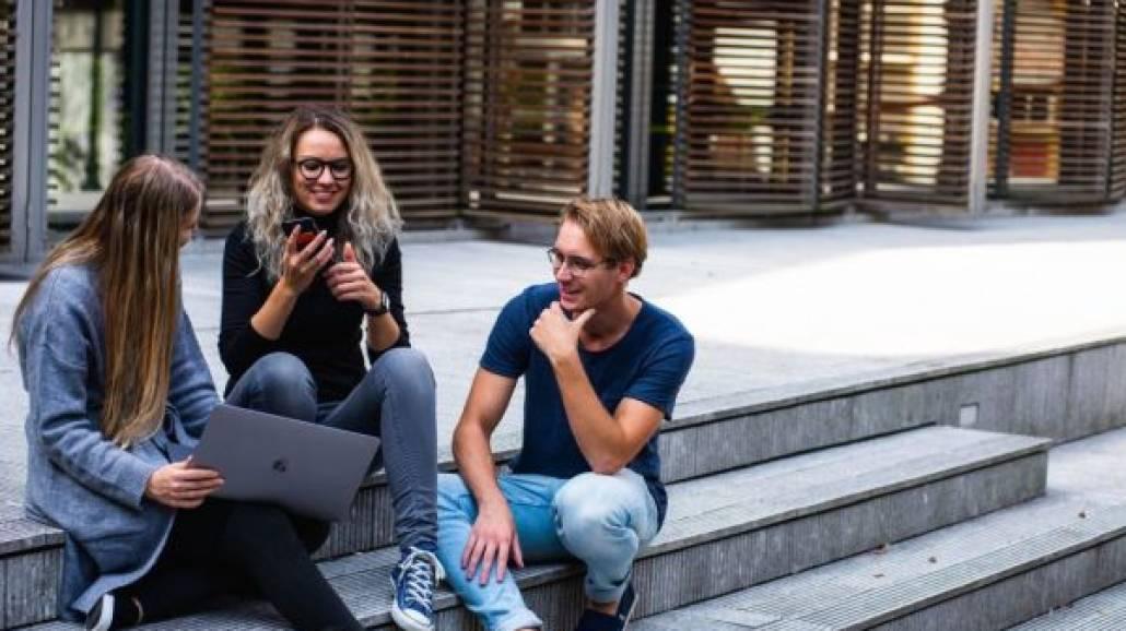 W jaki sposÃłb studenci denerwują swoich wykładowcÃłw?