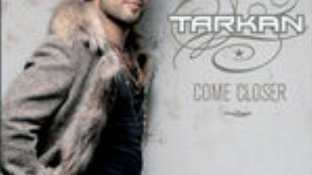Elektryzujący Tarkan - Zbliżenie