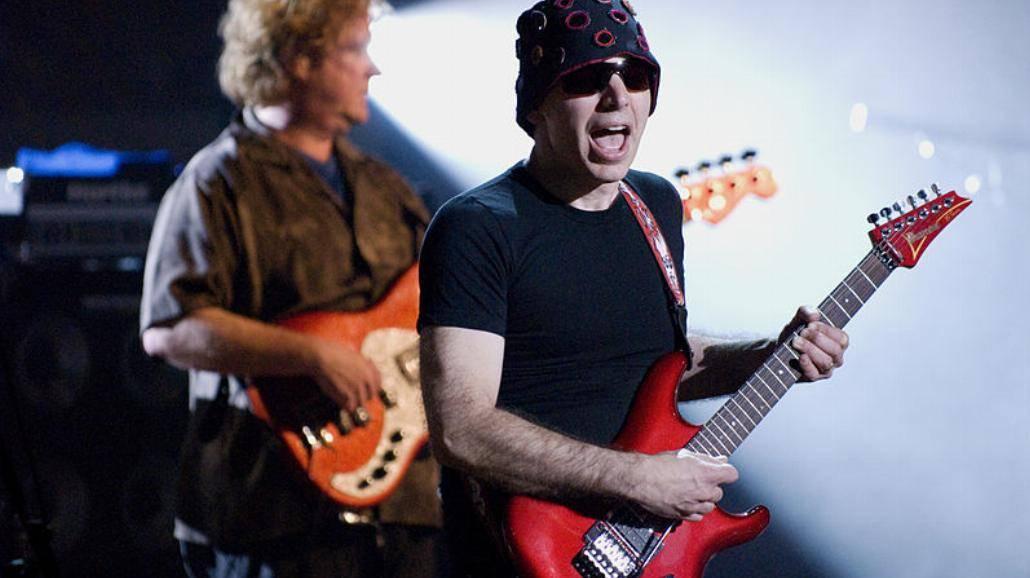 Joe Satriani wystąpił u Jimmy'ego Fallona [WIDEO]