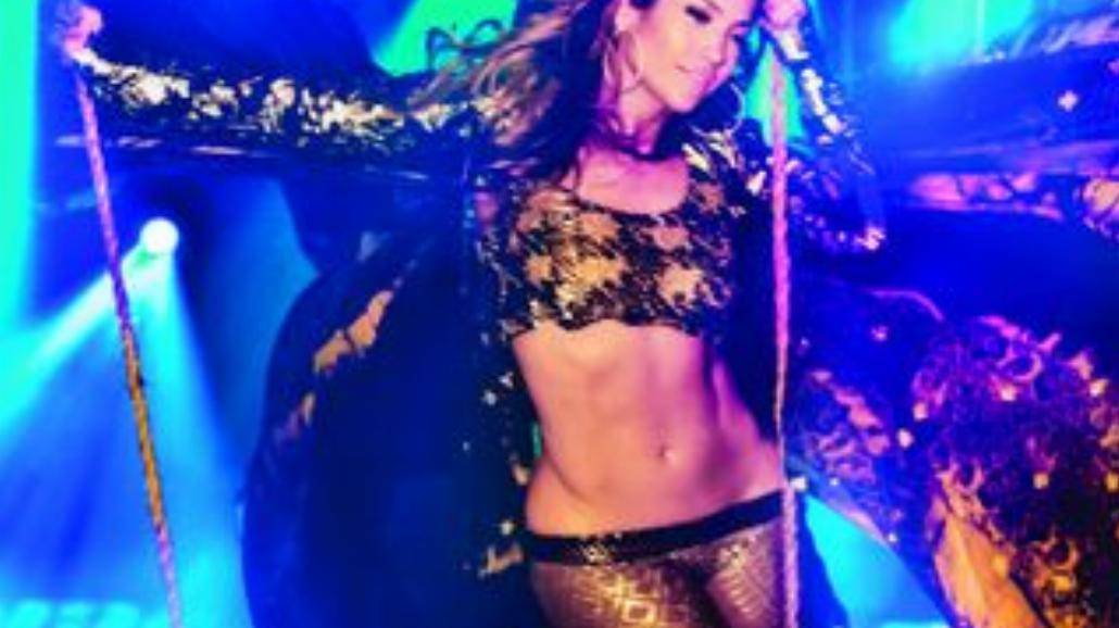 "Zobacz nowy klip Jennifer Lopez ""Live It Up"""