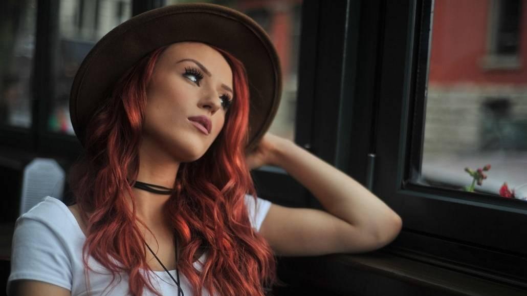 4 błędy w pielęgnacji farbowanych włosów. Tego nigdy nie rób!
