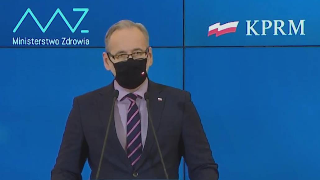Koronawirus w Polsce: Minister zapowiada otwarcie galerii handlowych i sztuki