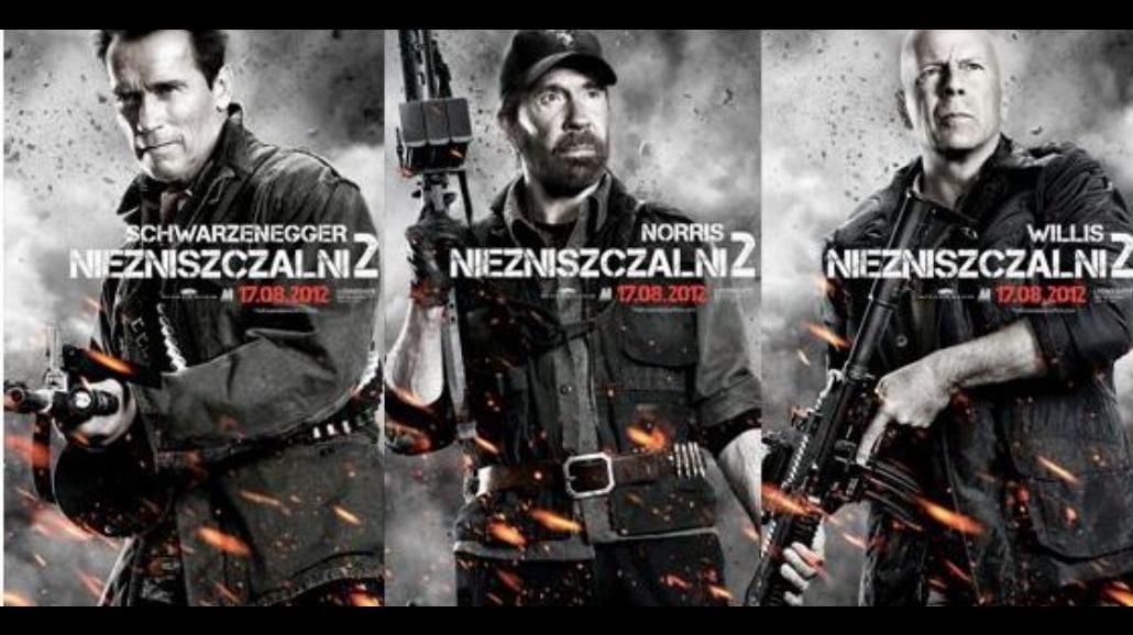 """Epickie plakaty do """"Niezniszczalnych 2"""""""