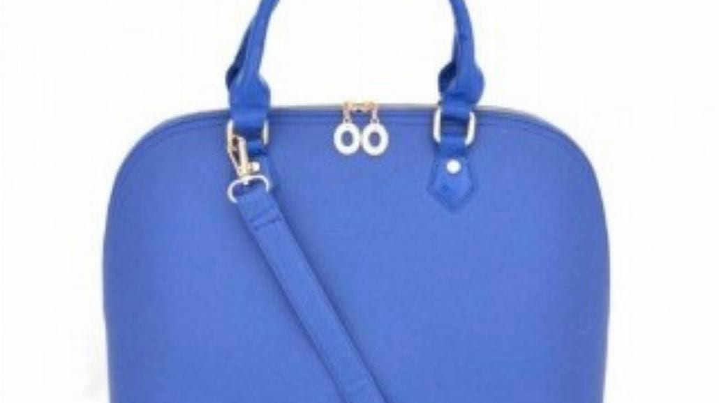Niebieskie torebki - must have sezonu