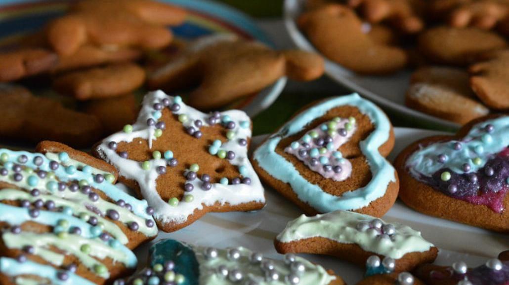 Jak zrobić lukier na świąteczne smakołyki? [WIDEO]