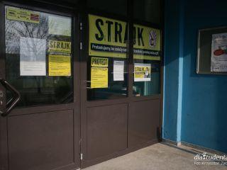 Strajk nauczycieli faktem - co to oznacza dla uczniów? - Nauczyciele, egzaminy, terminy, długość, protest