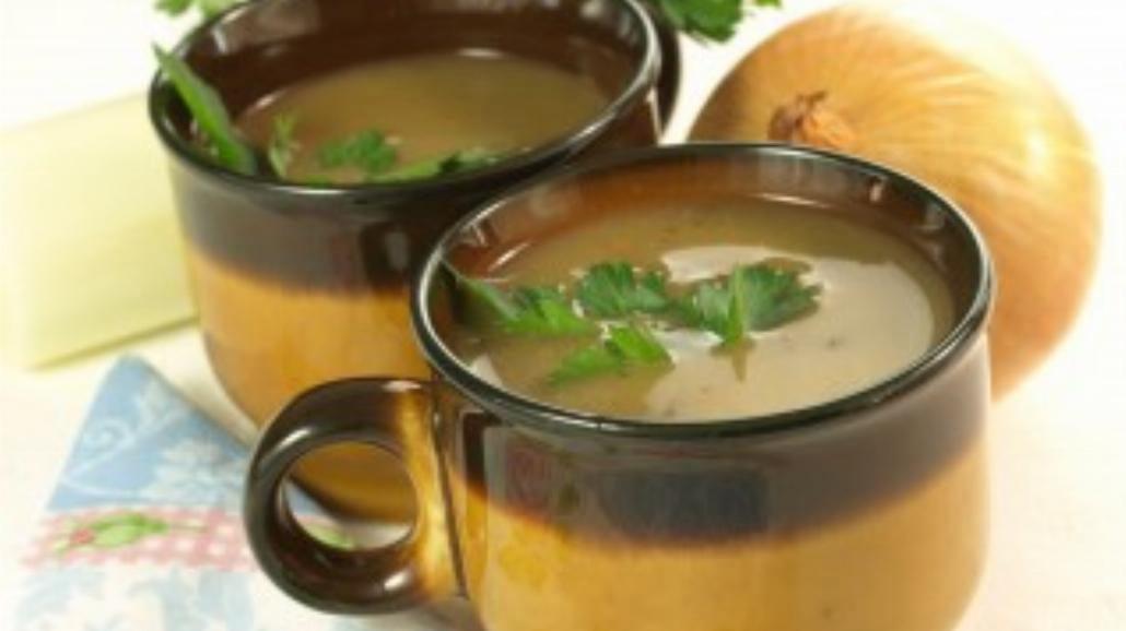 Zupa cebulowa z makaronem ryżowym
