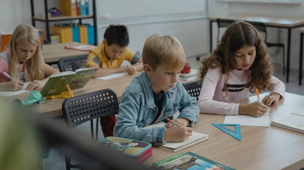 Nowy przedmiot w szkołach. Czy HiT zastąpić WoS?
