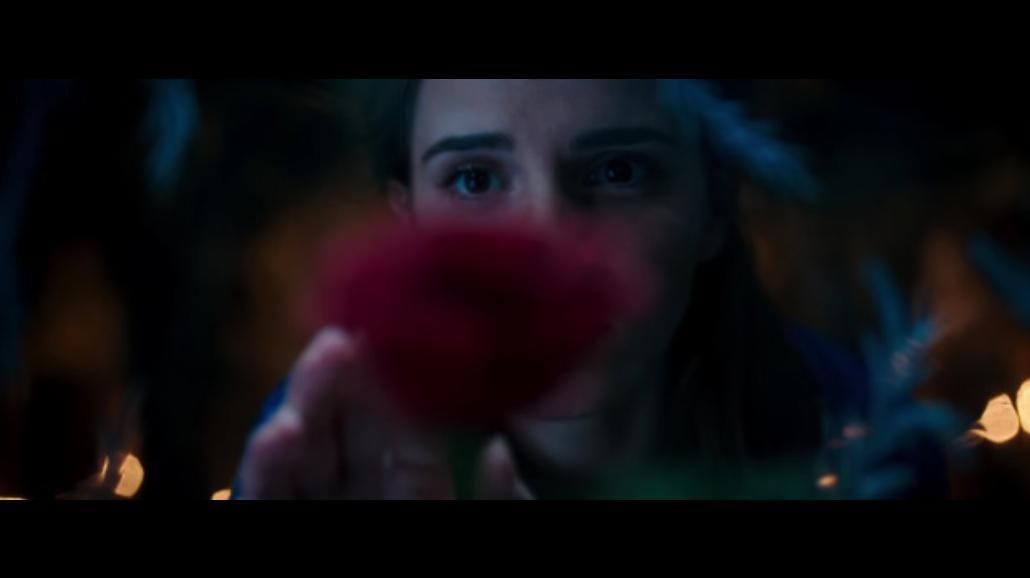 """Emma Watson w aktorskiej adaptacji bajki """"Piękna i Bestia"""" [WIDEO]"""