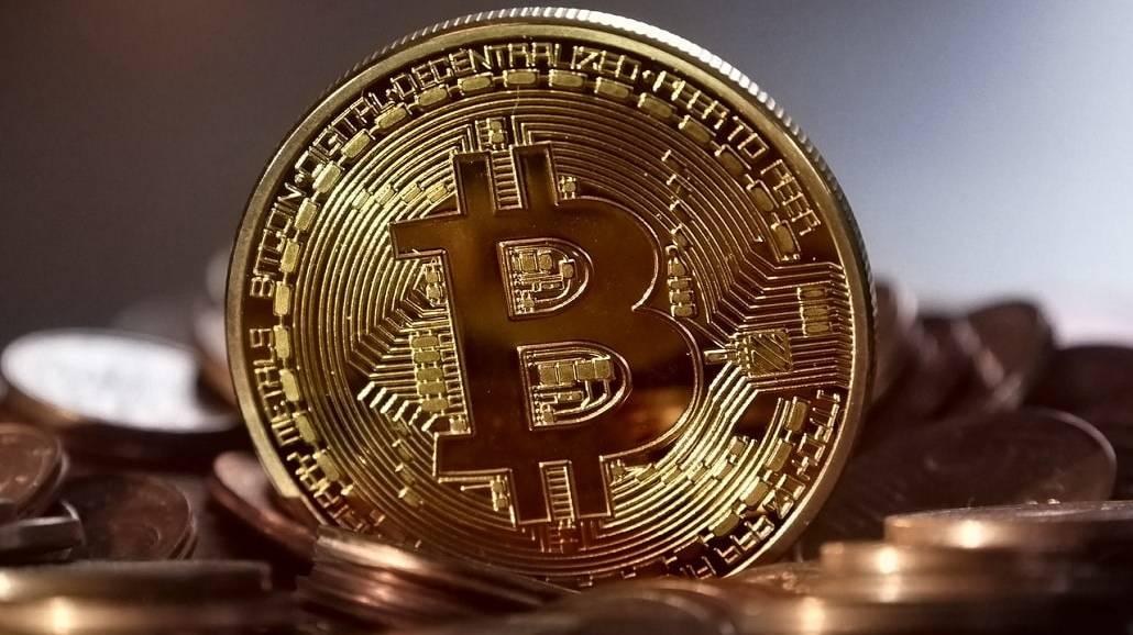 Elon Musk: za Teslę moÅźna zapłącić Bitcoinami