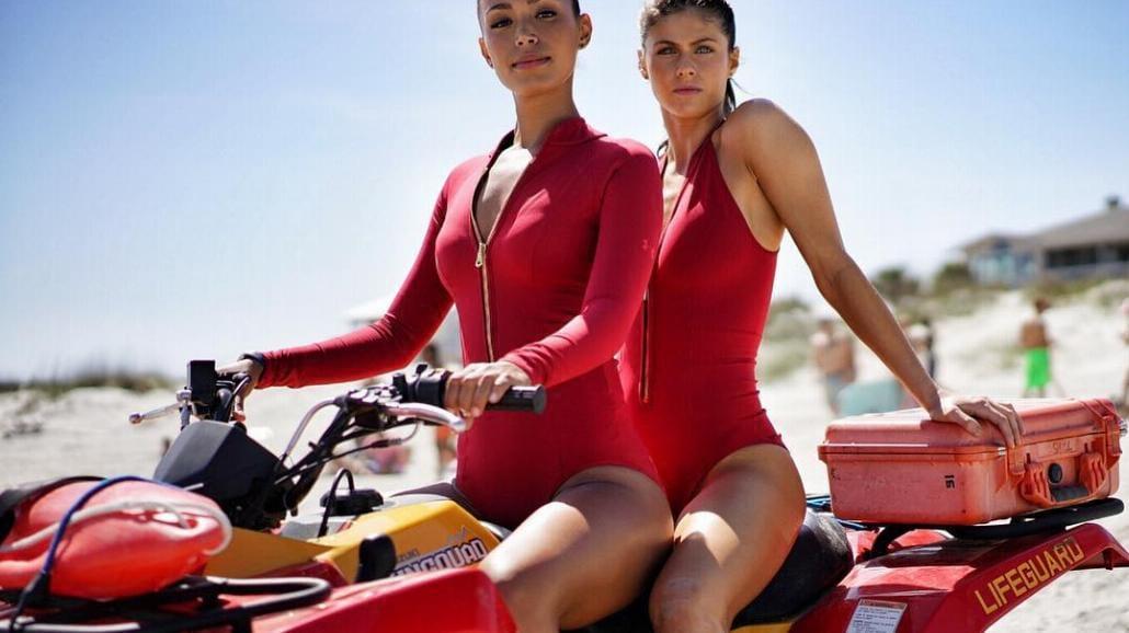 """Seksowne, młode ratowniczki na zdjęciach z filmu """"Słoneczny patrol"""" [FOTO]"""