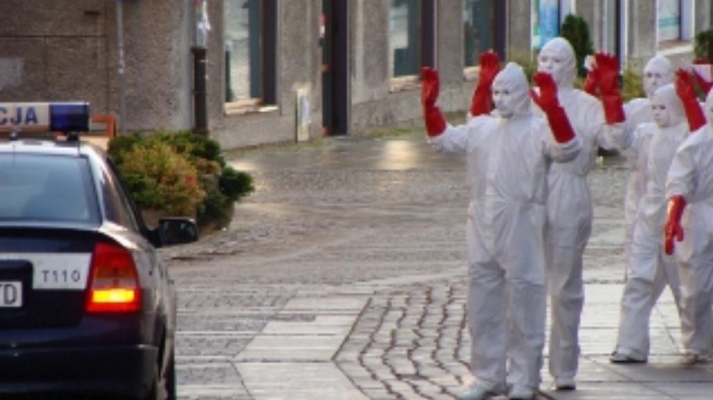 Dziwne postaci opanowują ulice Olsztyna