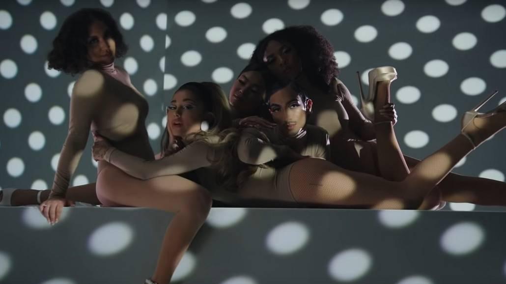 Ariana Grande klip 34+35