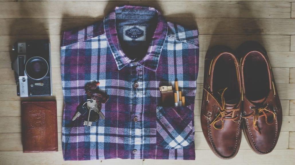 Niezbędnik eleganta, czyli 8 rzeczy, które facet  musi mieć w szafie