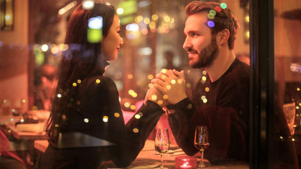 Jak się zachowuje zakochany facet?