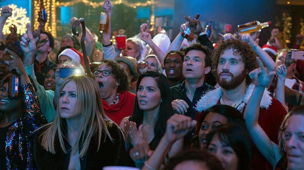 """Przygotuj się na """"Firmową Gwiazdkę"""", świąteczną imprezę bez limitów! [WIDEO]"""