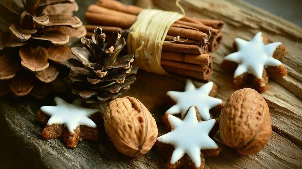 Choinka alternatywna - ciekawe pomysły na ozdoby świąteczne.