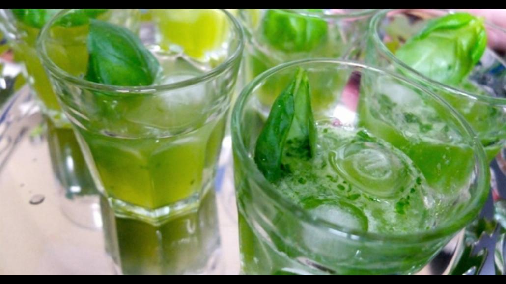 Najlepsze drinki na upalne dni [PRZEPISY]