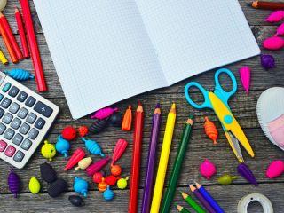 Co jest potrzebne do szkoły? - wyprawka do szkoły, co kupić do szkoły, rzeczy potrzebne do szkoły
