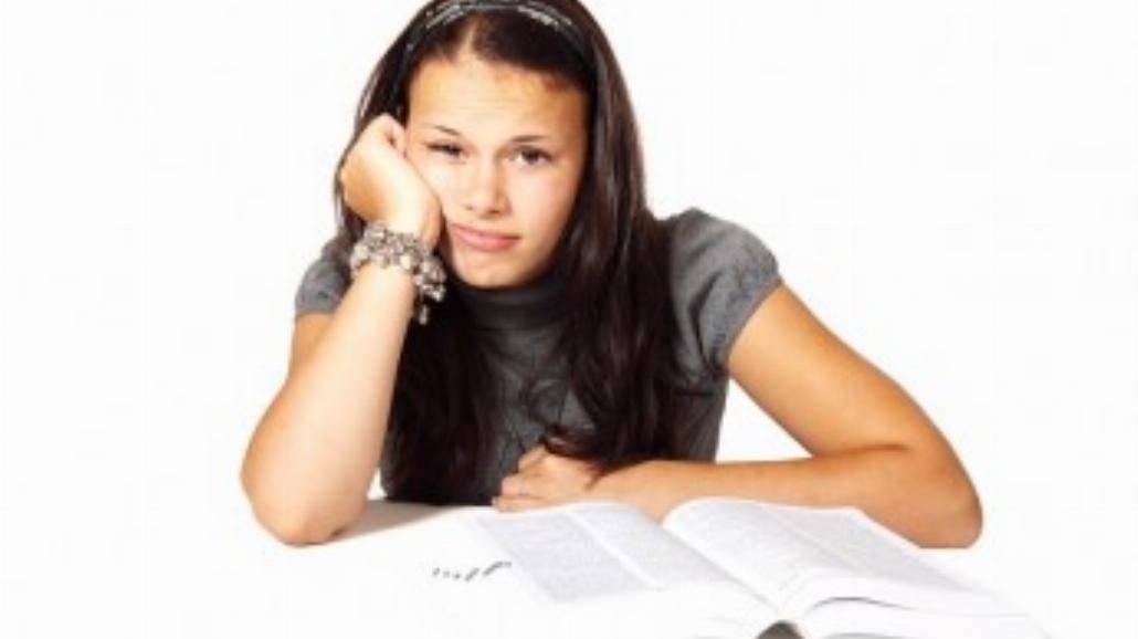 Absolwentka chce sprzedać dyplom za 50 tys. dolarów