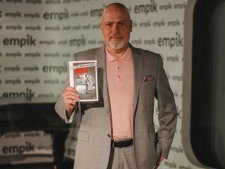 Marek Krajewski na spotkaniu z fanami. Zdradził coś o nowej powieści [FOTO] - pisarz, autor, Empik Renoma, zdjęcia, książka, Wrocław