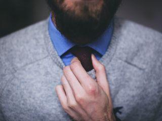Mężczyzna lumberseksualny - kim jest i jak wygląda? - człowiek brodacz, zarost, modeling, trend, moda, charakterystyka