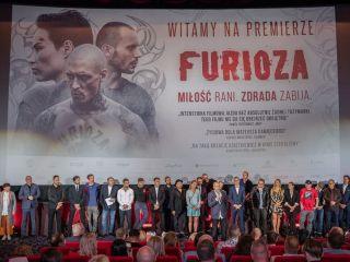"""Tłum gwiazd na premierze filmu """"Furioza"""" w Warszawie [FOTO] - zdjęcia, obsada, aktorzy, 2021, relacja, Cinema City Sadyba"""