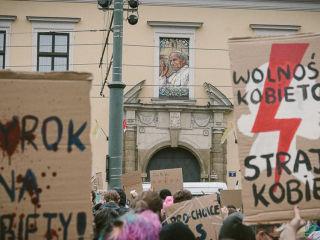 Moje ciało, moja sprawa! Trwają protesty kobiet w całej Polsce [DUŻO ZDJĘĆ] - zakaz aborcji, Warszawa, Kraków, Wrocław, Łódź, Poznań, galeria, relacja