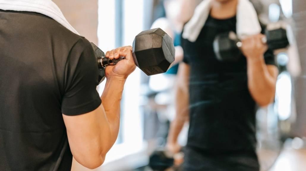 CięÅźarki i ćwiczenia na ręce