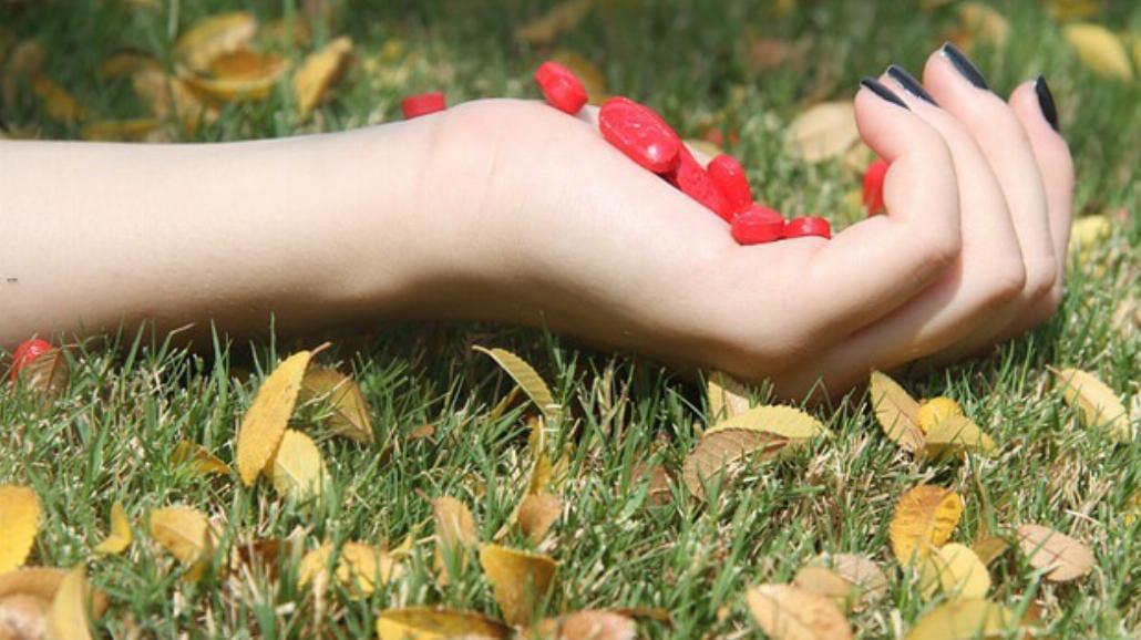 Suchość pochwy - intymny problem kobiet. Zobacz, skąd się bierze