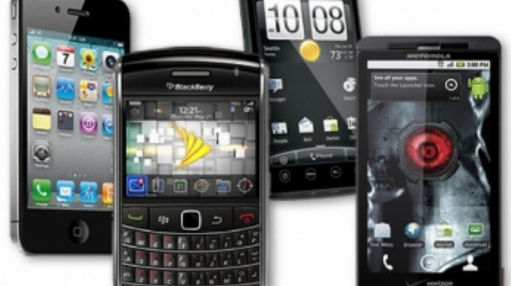 13 proc. Polaków nie wie, że ma smartfona