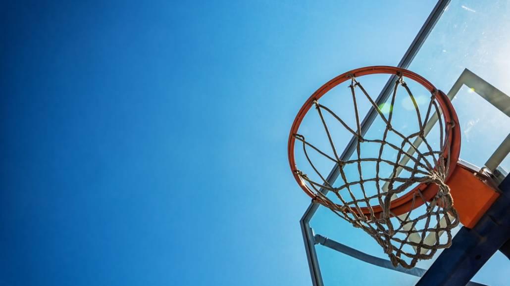 gra w koszykÃłwkę