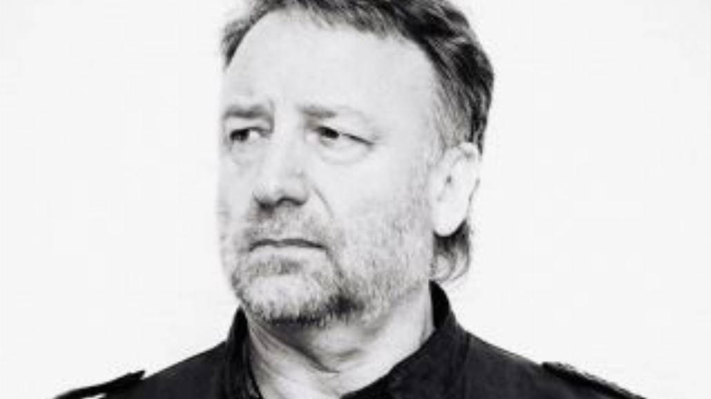 Basista Joy Division znów w Polsce