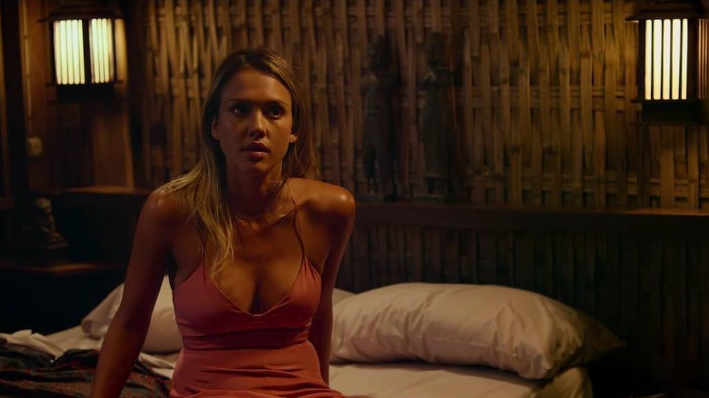Jason Statham przesłuchuje Jessicę Albę [WIDEO]