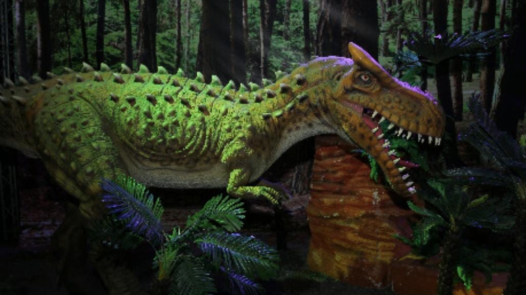 Dinozaury na żywo - zobacz zdjęcia z warszawskiej wystawy